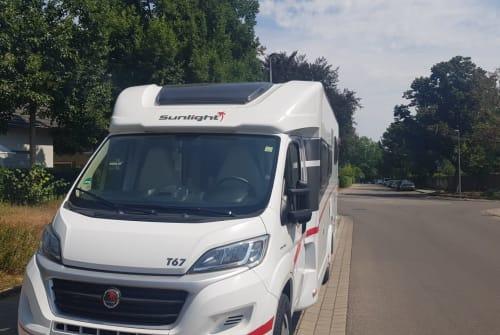 Wohnmobil mieten in Ludwigsburg von privat | Sunlight  Fridolin