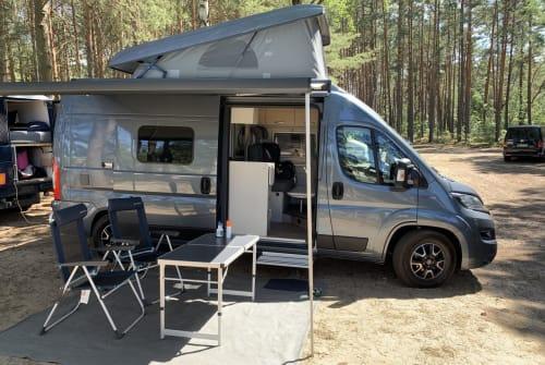 Wohnmobil mieten in Berlin von privat | Hymer Optimus