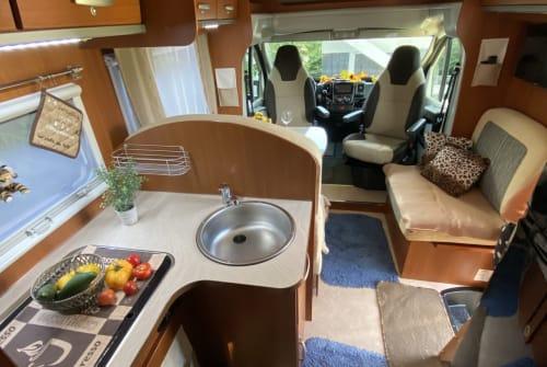 Wohnmobil mieten in Wemding von privat | MILLER  5 Sterne Liner