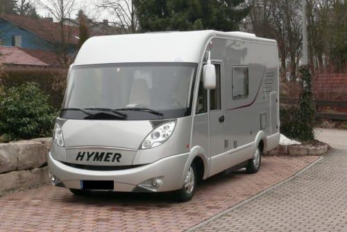 Wohnmobil mieten in Feldkirchen-Westerham von privat | Hymer Hymer Wohnmobil