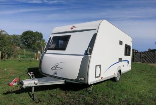 Wohnmobil mieten in Oranienburg von privat | Bürstner Pura Vida