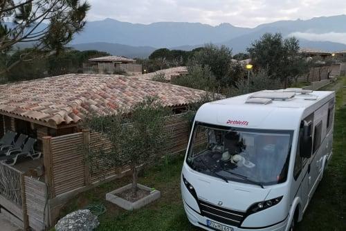 Wohnmobil mieten in Burgen von privat | Dethleffs  Kuddel