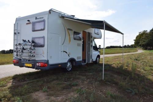 Wohnmobil mieten in Roermond von privat | Benimar Ford Benimar