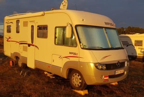 Wohnmobil mieten in Kiel von privat | Rapido 997M Mercedes Sprinter Raumwunder