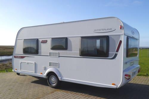 Wohnmobil mieten in Cuxhaven von privat | LMC Michel