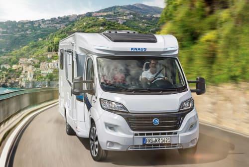 Wohnmobil mieten in Saldenburg von privat | Knaus Sky TI 650 MF