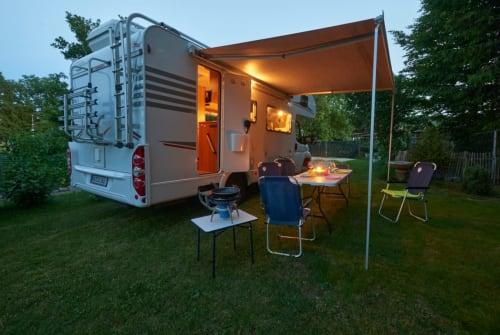Wohnmobil mieten in Mühlhausen-Ehingen von privat | Carado Brummer 4,2 t