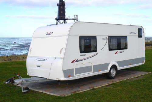 Wohnmobil mieten in Cuxhaven von privat | LMC Matilda