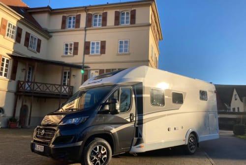 Wohnmobil mieten in Sinsheim von privat | Sunlight Baron