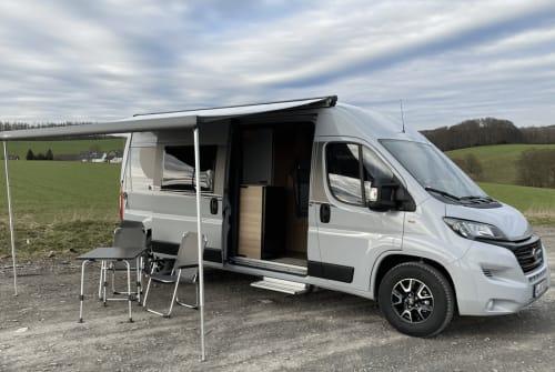 Wohnmobil mieten in Rösrath von privat | Carado CleverCamper