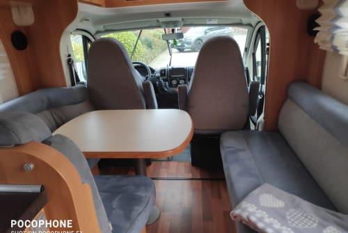 Wohnmobil mieten in Brüggen von privat | Hymer HymerT614 CL2x2