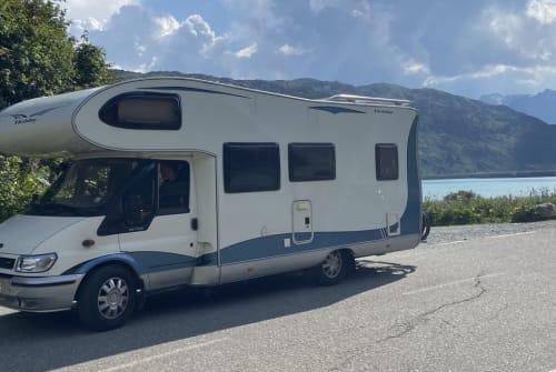 Wohnmobil mieten in Freiburg im Breisgau von privat | Ford Transit Thomas Brodkorb