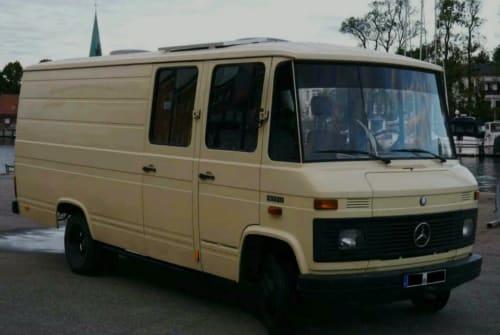 Wohnmobil mieten in Lübeck von privat | Mercedes Benz Kalle