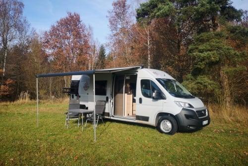 Wohnmobil mieten in Untersteinach von privat | Weinsberg Suncamper 600K