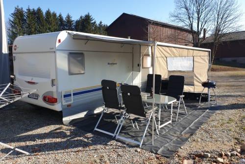 Wohnmobil mieten in Weingarten von privat | Bürstner Campi