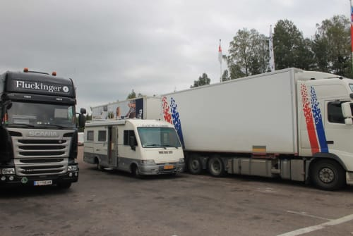 Wohnmobil mieten in Nieuwerkerk aan den IJssel von privat   Mercedes Mirage