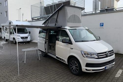 Wohnmobil mieten in Berlin von privat | Volkswagen California