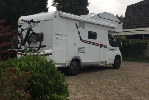 Wohnmobil mieten in Gronau von privat | LMC Sportline