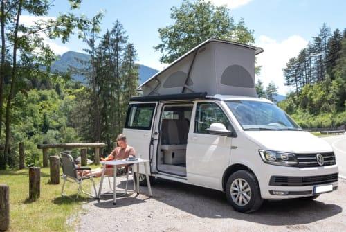 Wohnmobil mieten in Adelheidsdorf von privat | VW Finn California
