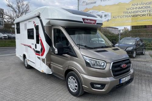 Wohnmobil mieten in Würzburg von privat   Challenger Challenger 287