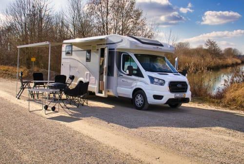 Wohnmobil mieten in Landshut von privat | Roller Team Fred the Camper