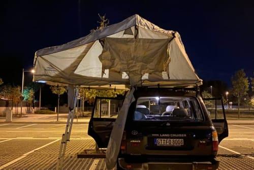 Wohnmobil mieten in Berlin von privat | Toyota  Overland Hulk