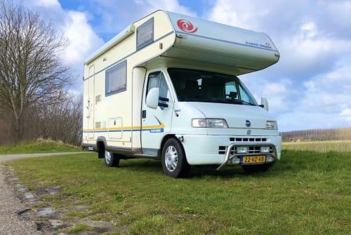 Wohnmobil mieten in Hoek von privat   eura mobil Eura Mobil