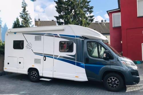 Wohnmobil mieten in Solingen von privat | Knaus Knaus L!VE Wave