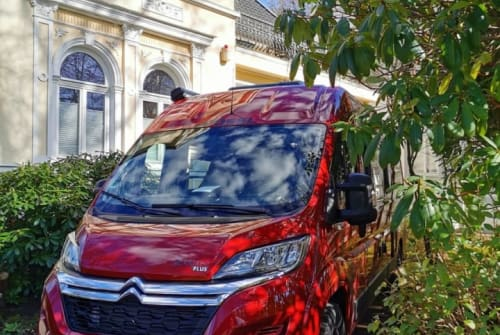 Wohnmobil mieten in Aurich von privat | Pössl Kluntje