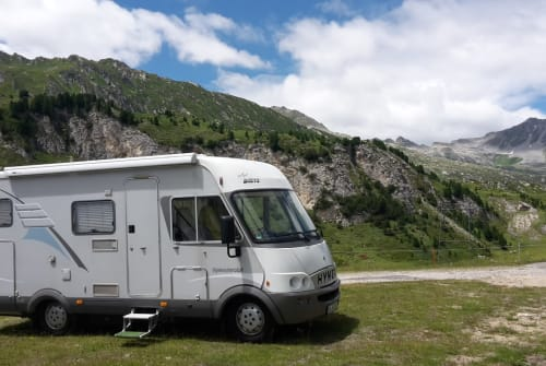 Wohnmobil mieten in Goldbach von privat | Hymer Hymer B 514