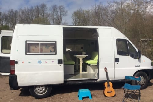 Wohnmobil mieten in Middelburg von privat   Peugeot Wanderbus