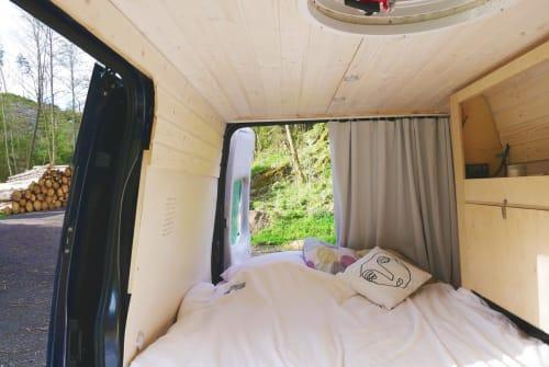 Wohnmobil mieten in Bonn von privat | Ford Roby`s Freiheit
