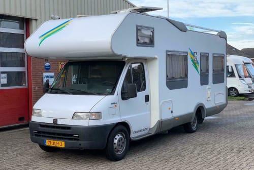 Wohnmobil mieten in Uithoorn von privat   Knaus Traveller