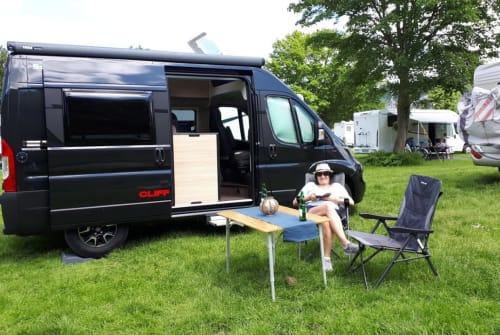 Wohnmobil mieten in Bensheim von privat   Sunlight BlackBox