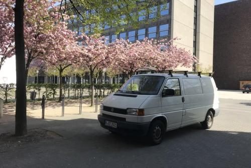 Wohnmobil mieten in Köln von privat | VW Joey_the_bus