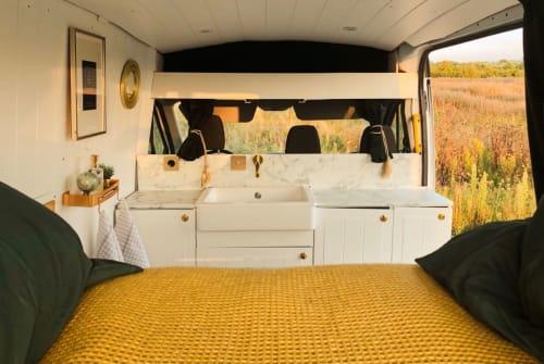 Wohnmobil mieten in Cologne von privat | Ford Vanilla Suite 2