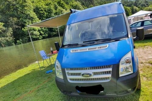 Wohnmobil mieten in Koblenz von privat | Ford BlueBerry