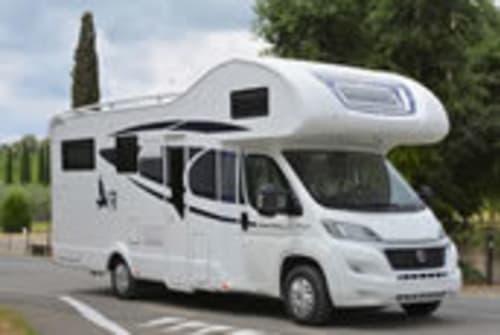 Wohnmobil mieten in Pirna von privat | Rimor Top Camper