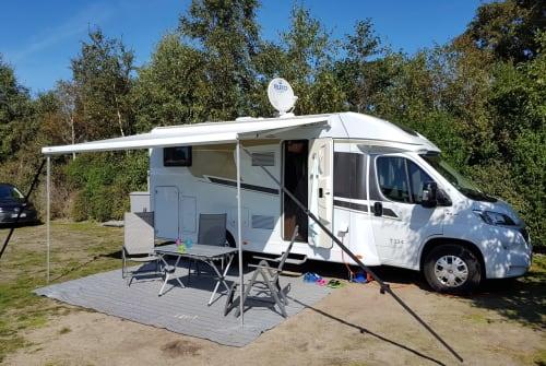 Wohnmobil mieten in Lissendorf von privat | Carado Heidi