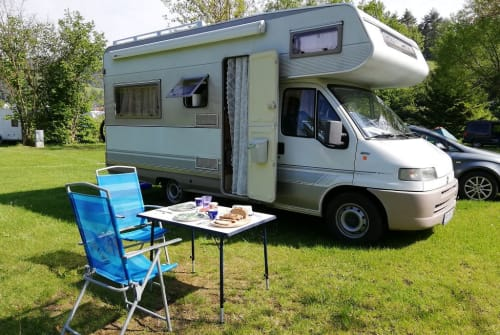 Wohnmobil mieten in Regau von privat   Dethleffs 230 Oscar