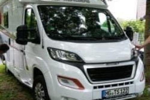 Wohnmobil mieten in Mönchengladbach von privat   Weinsberg Freedom