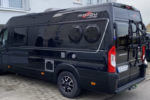 Wohnmobil mieten in Marbach am Neckar von privat | Carthago Malibu 640 LE BlackVan