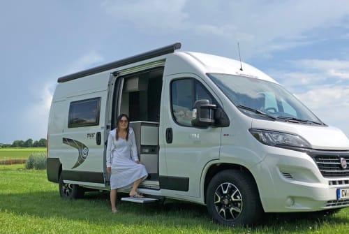 Wohnmobil mieten in Rohrdorf von privat | Chausson Lucky Camper