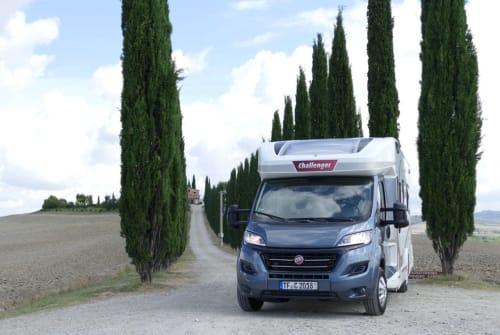 Wohnmobil mieten in Rangsdorf von privat | Challenger  Mageo Cruise