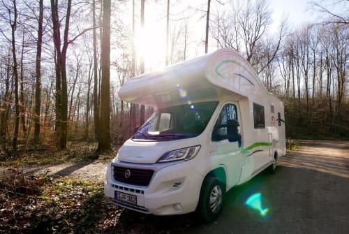 Wohnmobil mieten in Esslingen am Neckar von privat | Forster Forster