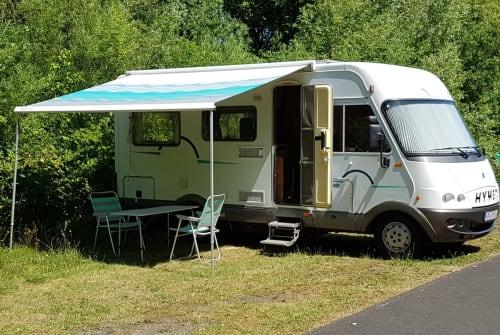 Wohnmobil mieten in Wiefelstede von privat | Hymer  Hymi