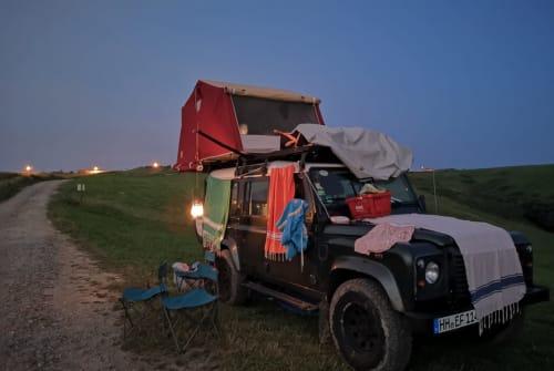 Wohnmobil mieten in Hamburg von privat | Land Rover Defender