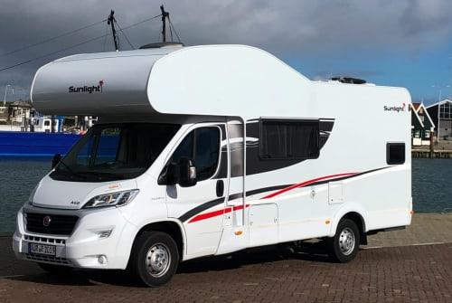 Wohnmobil mieten in Wiesmoor von privat | Sunlight LightningStar