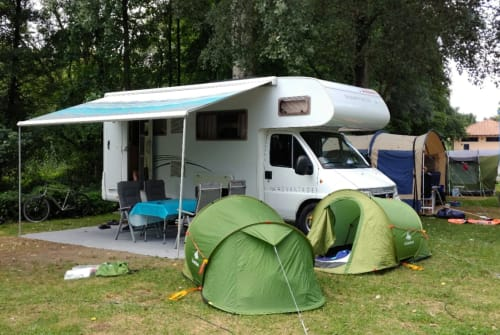 Wohnmobil mieten in Haan von privat | Dethleffs Rumtreiber