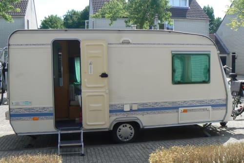 Wohnmobil mieten in Breda von privat | Adria Adria PH 430